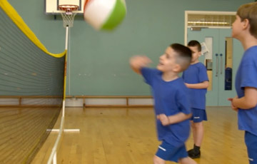 Volleyball - advanced Key Stage 1